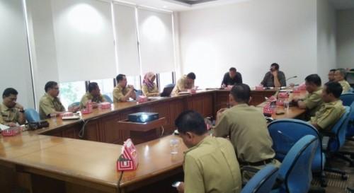 Didampingi Kades, Camat Ekspose Penataan Kota Jonggol Di Bappeda Bogor